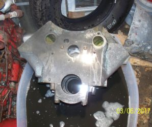 1961 Pontiac 425 A Trophy 389 ci 4-Bolt Main Block Cleaned Up with Evapo Rust Remover